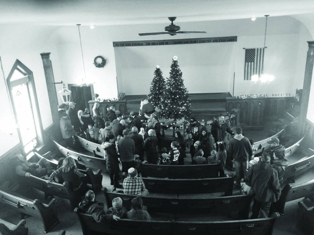 Wisconsin Heights students arrived about 1:00 p.m. last weekend and sang Christmas Carols while children decorated Christmas Cookies with the help of...